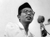 Mohd. Natsir: Feminisme, Perasaan Rendah Diri