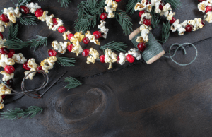 holiday popcorn string