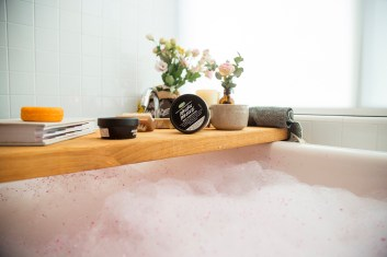 Photography LUSH Cosmetics Bath