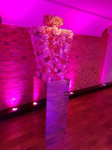 Fragrance awards, Plinth, Mirror plinth