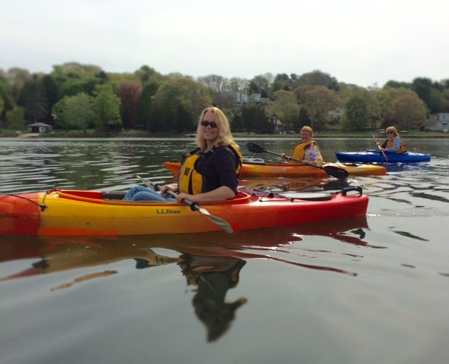 Kayaking with friends on Mystic River