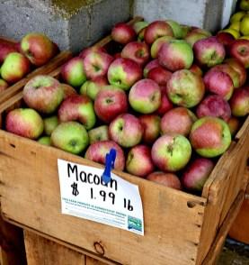 whittles-buy-apples
