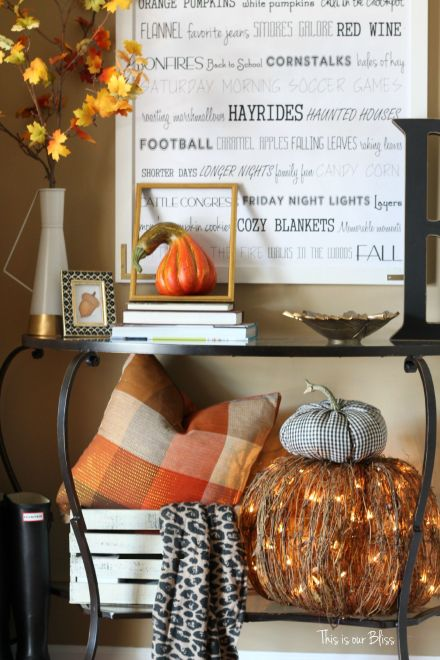 DIY fall throw pillows with cloth napkins - fall table linens Fall decorating fall entryway Plaid pillows This is our Bliss