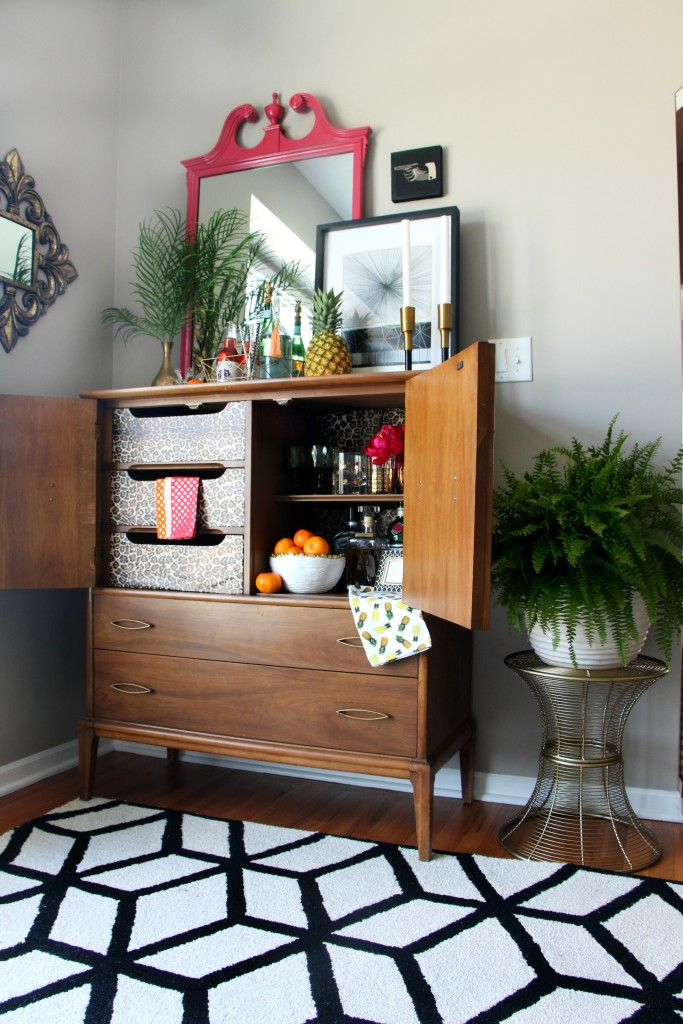 Eddie Ross Inspired indoor summer bar | upcycled chest turned bar | bar cart styling | This is our Bliss | www.thisisourbliss.com