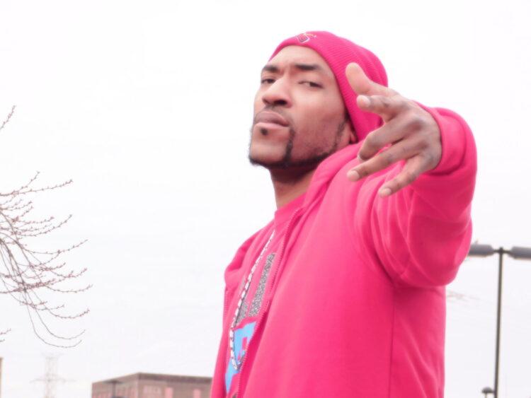 St. Louis Rapper LyricalyArtistic Drops 'Twerk Dat' | @LyricalyA