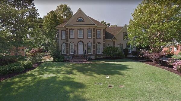 house at 5 Deer Track Rd Simpsonville SC 29681