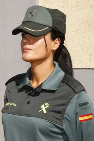 A female Guardia Civil officer