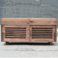 walnut_hardwood_dog_crate_cradenza_sq-15
