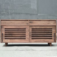 walnut_hardwood_dog_crate_cradenza_sq-16