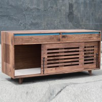 walnut_hardwood_dog_crate_cradenza_sq-6_white_melamine_bottom