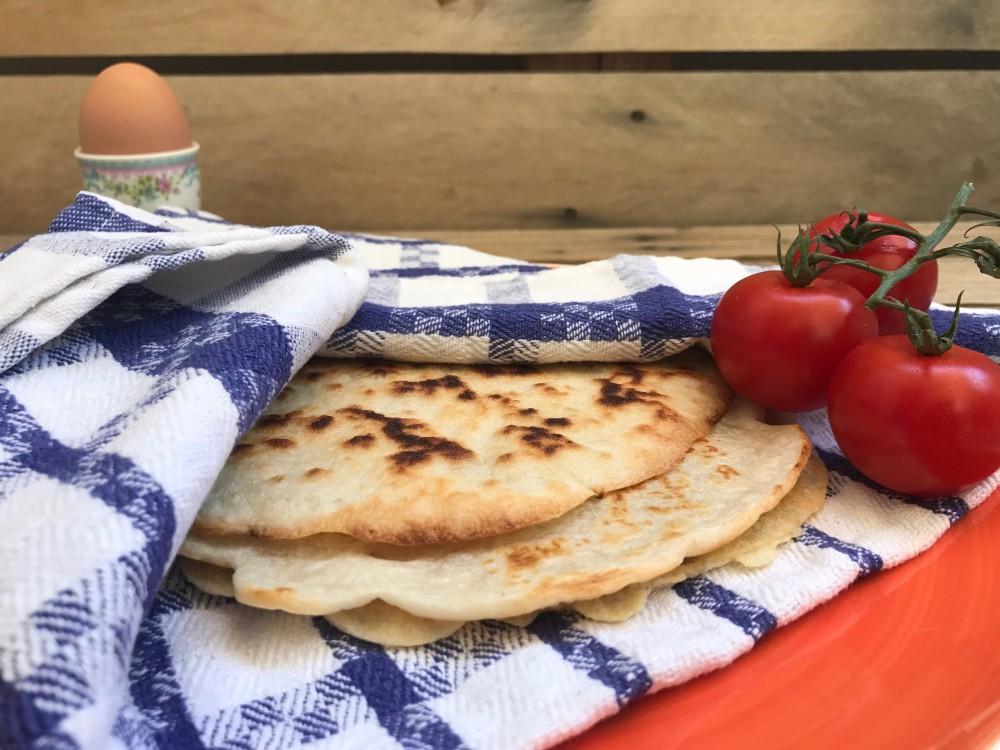 Ινδικές πίτες με τρία υλικά – Thisisus.gr