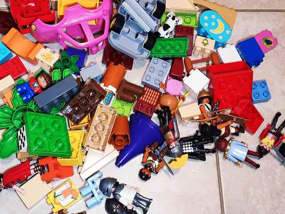 Πώς να τακτοποιούν τα παιδιά τα παιχνίδια τους με τον πιο διασκεδαστικό τρόπο –Thisisus.gr