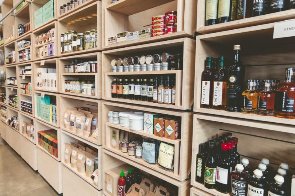 healdsburg-shed-condiments