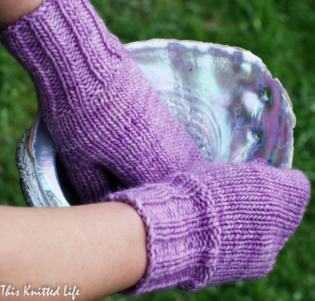 Simple mitts anyone can knit.