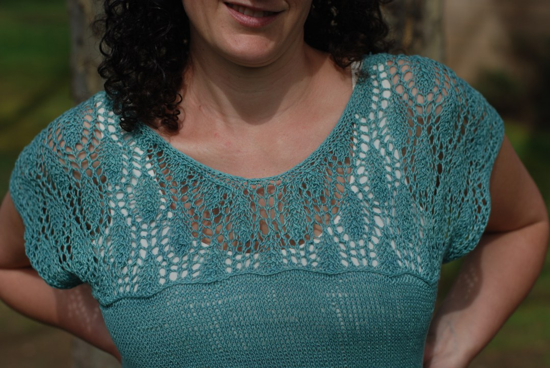 Waterlily by Meghan Fernandes knit in Quince Sparrow.