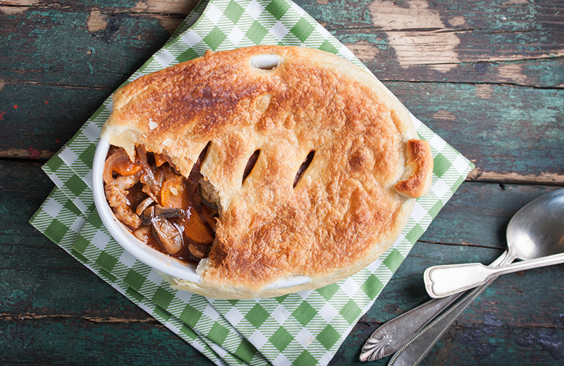 Slimming World Steak Pie recipe, a gorgeous puff pastry pie for only 5 syns per serving