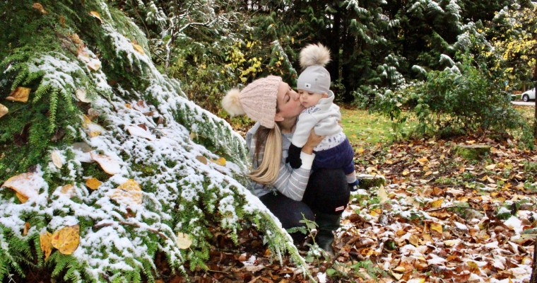 Hudson's First Snowfall and 5 things I'll miss about Fall