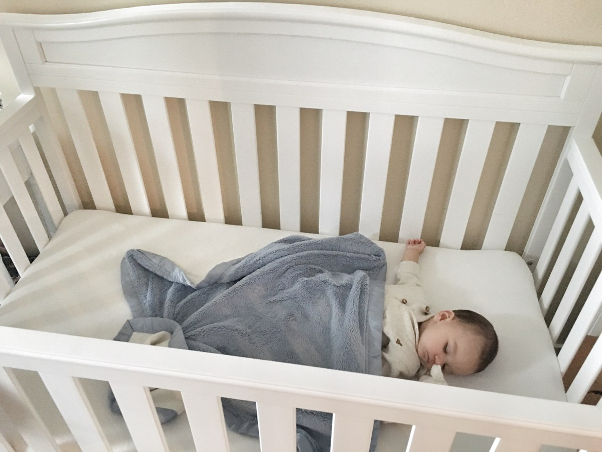 How we Sleep Trained our 6 month old in 2 days! • This Mama Loves Life