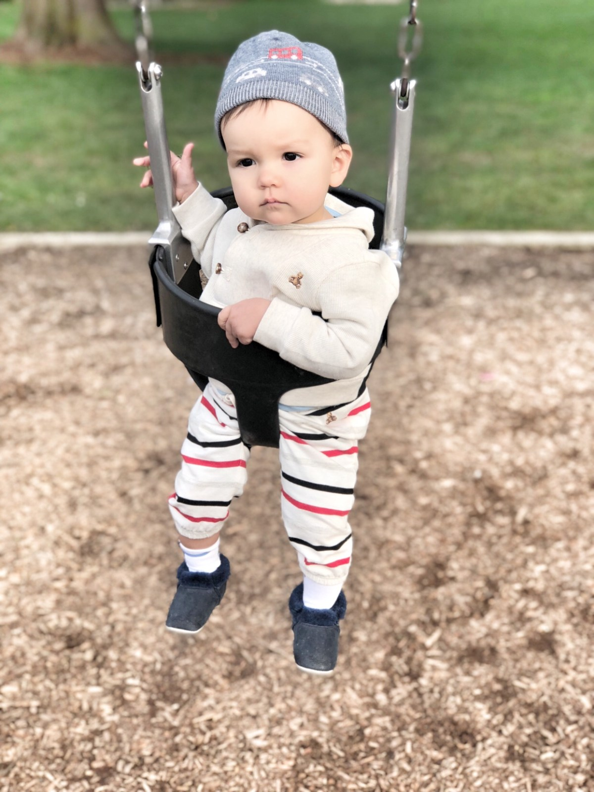 baby loves the swing