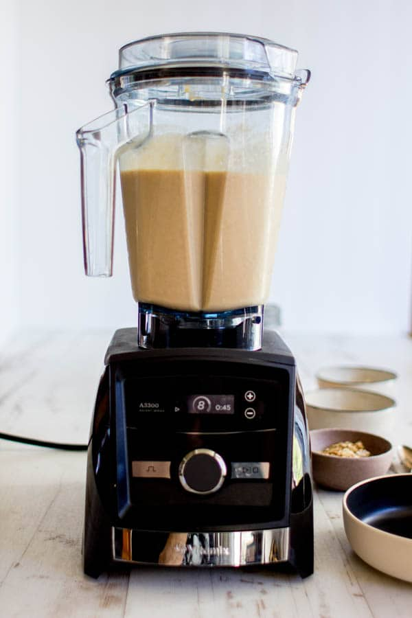 The new @Vitamix Ascent Series A3300 blender and a Tangerine Dream Smoothie || @thismessisours