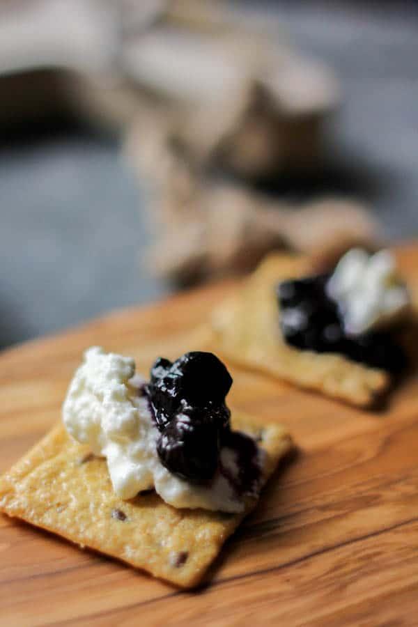 Blueberry lavender jam & homemade ricotta on @crunchmaster crackers recipe || @thismessisours #glutenfree #vegetarian #spon