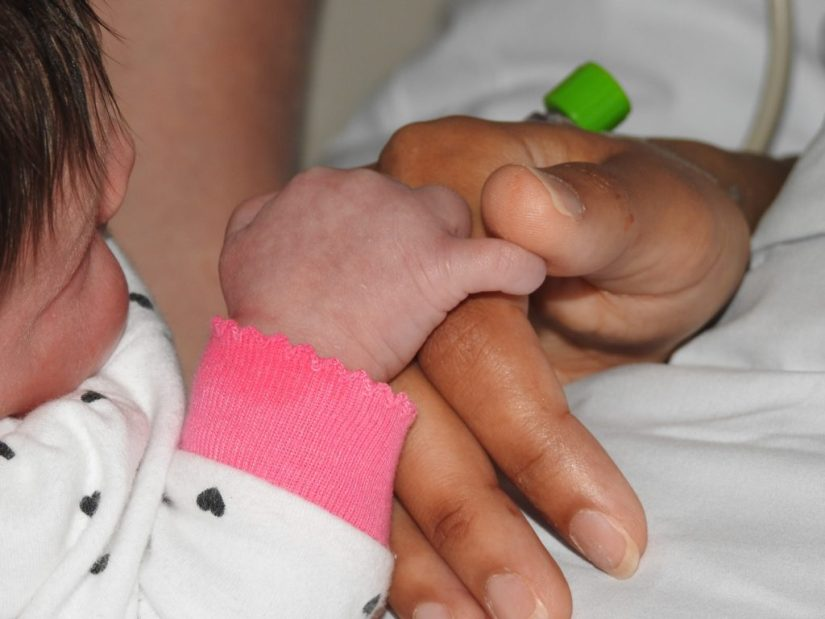 This Mommy's Heart - My PPCM Story - Holding my hand