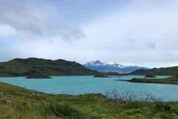 lago lungo sentiero mirador cuernos