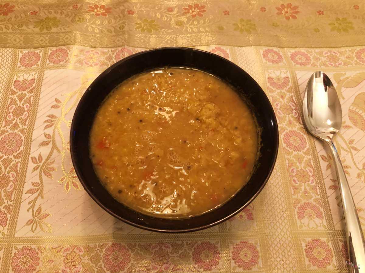 dahl indiano di lenticchie in cottura