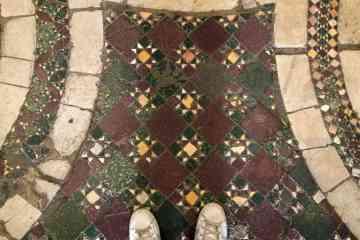 Pavimento basilica san saba roma