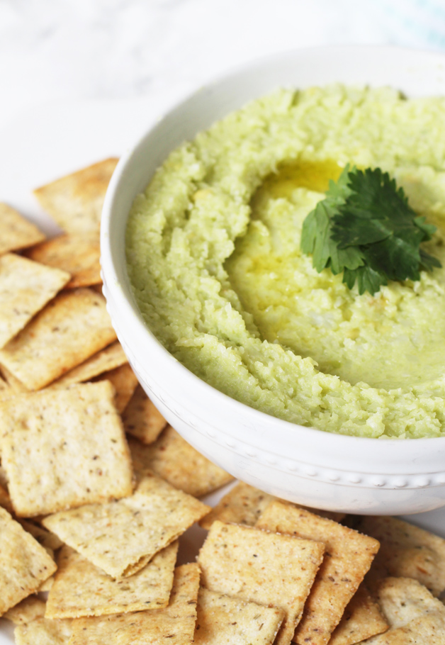 The whole family will love these amazing Whole30 dips! Chicken has never tasted better!