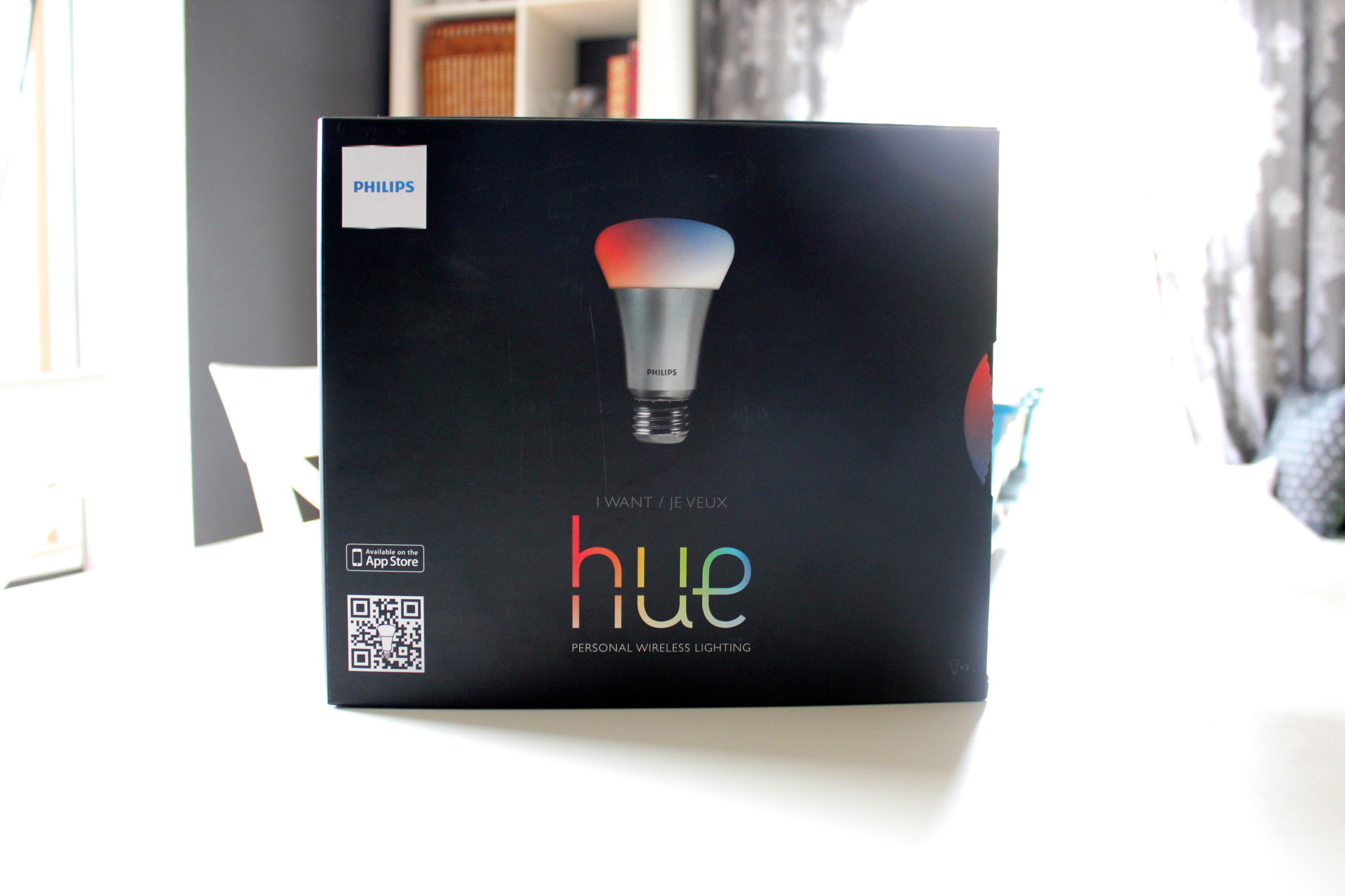 hue reviewed a simple diy smart home this nest is blessed. Black Bedroom Furniture Sets. Home Design Ideas