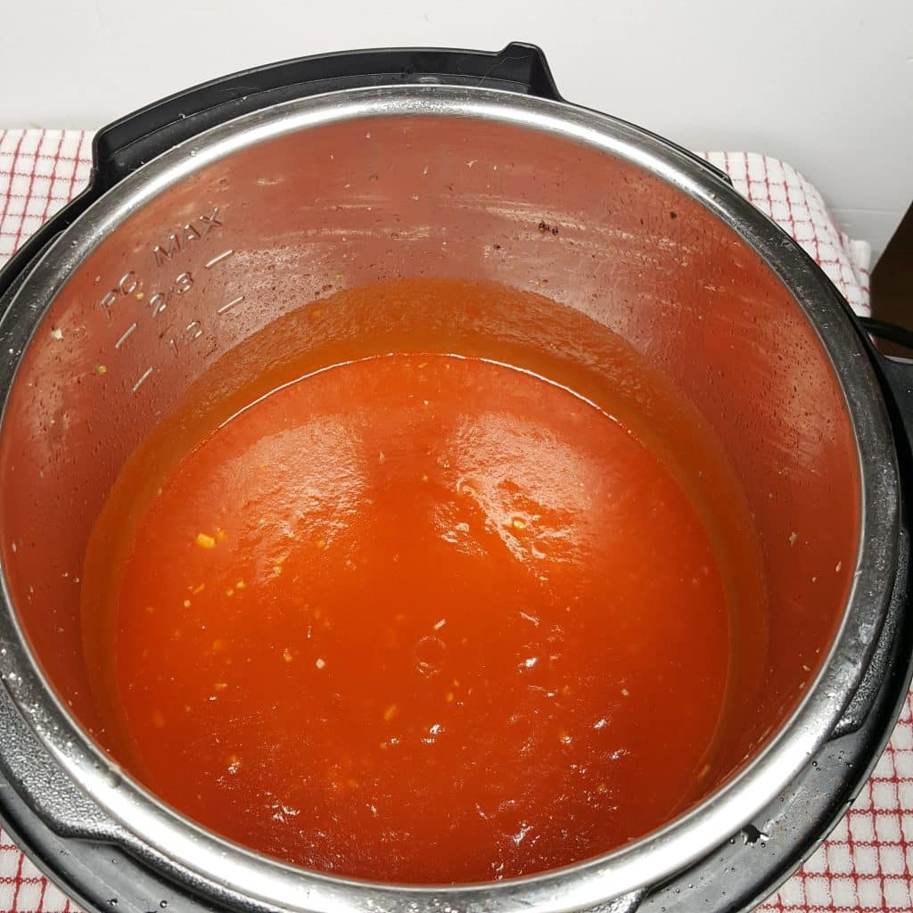 Rich Red Wine Tomato Sauce