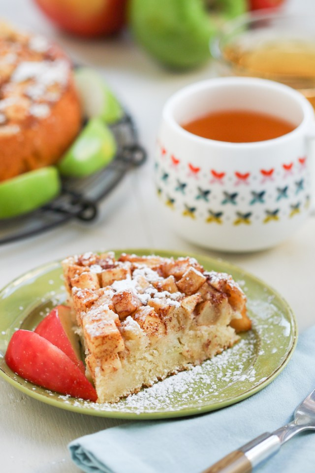 Julie Paschkis's Apple Cake 2