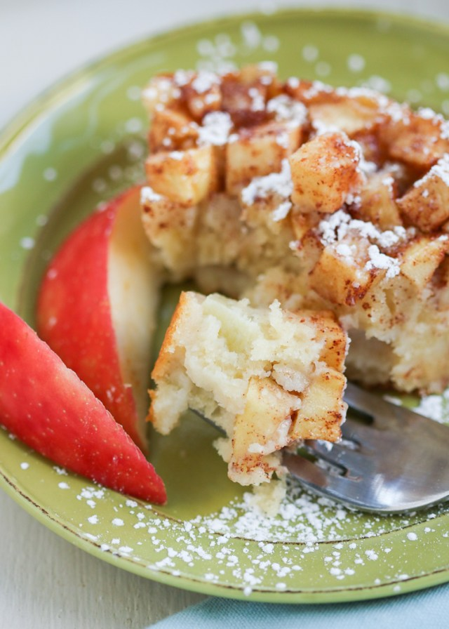 Julie Paschkis's Apple Cake 5