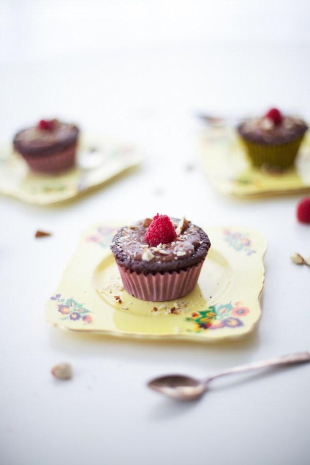 chocolate-almond-cupcakes-recipe-1