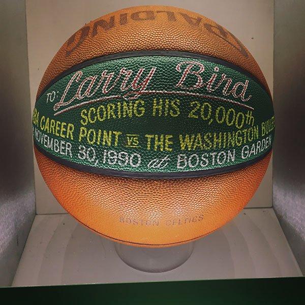 Larry Bird 20,000 point ball