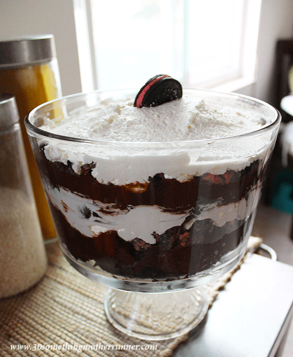 How to Make a Peppermint Oreo Trifle with Hood Cream!