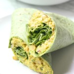 Perfect vegan lunch or quick dinner - theseSmashed Chickpea Salad Wraps require no cooking and are totally delicious. Easy to make and even easier to eat | ThisSavoryVegan.com #thissavoryvegan #mealprep #backtoschool