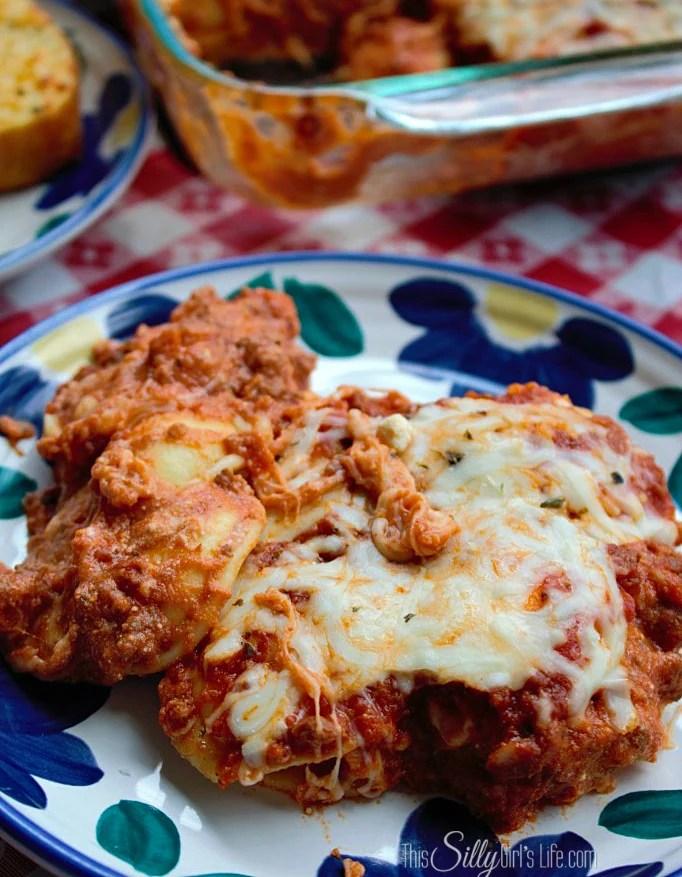 Lazy Day Lasagna {Ravioli Casserole} recipe from https://ThisSillyGirlsLife.com #LazyLasagna #RavioliCasserole #Italian