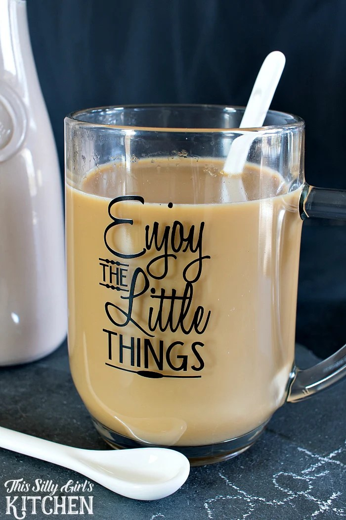 Homemade Chocolate Hazelnut Coffee Creamer, extremely easy to make and the perfect way to elevate your favorite hot beverages! from ThisSillyGIrlsLife.com #FlavorYourMomentCG  #ad @tatelylesugarus