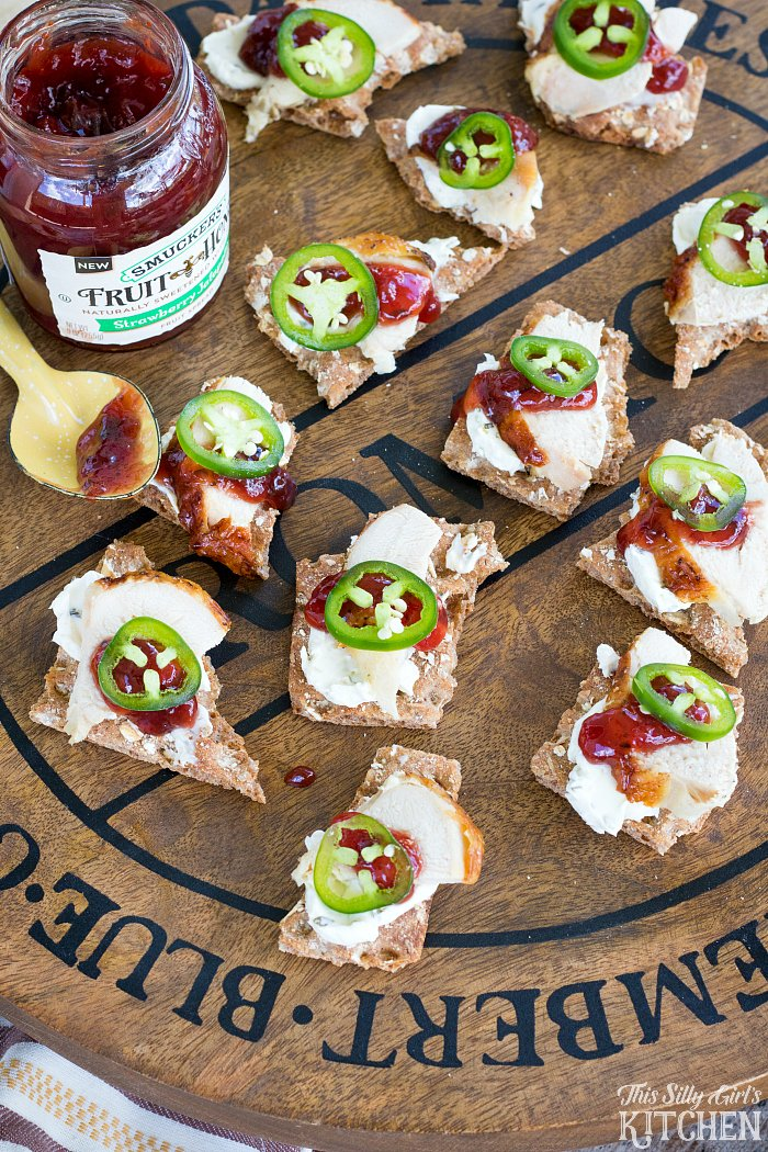 Sweet and Spicy Chicken Canapés, impress your guests with these easy canapés featuring rotisserie chicken, jalapeños and cream cheese! from ThisSillyGirlsKitchen.com @Walmart ad #SpreadTheHeat