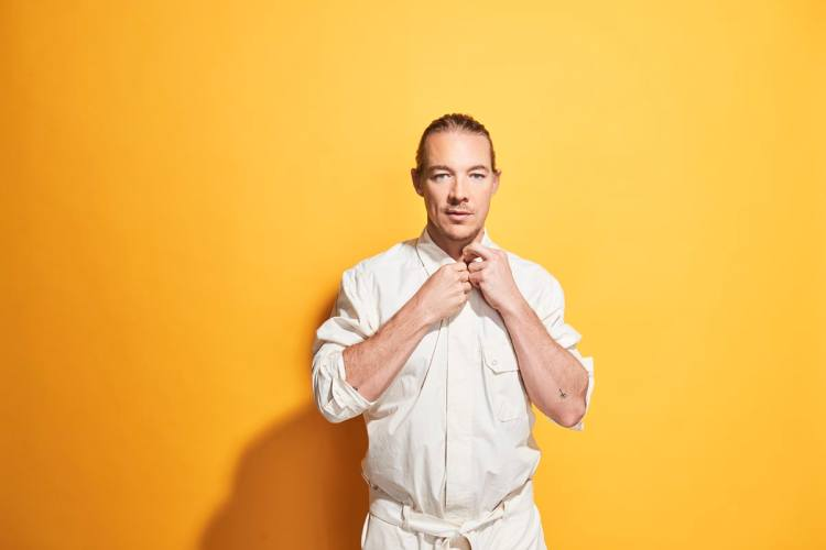 Diplo Delivers 2-Hour Eclectic House Mix For Diplo & Friends