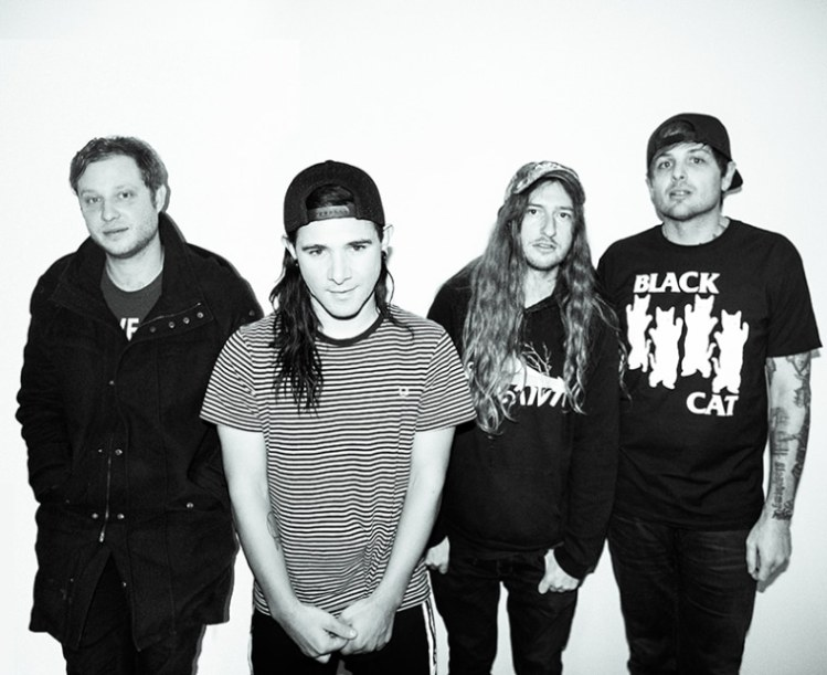 Skrillex Is Reuniting With Old Band From First To Last For First Show In Years