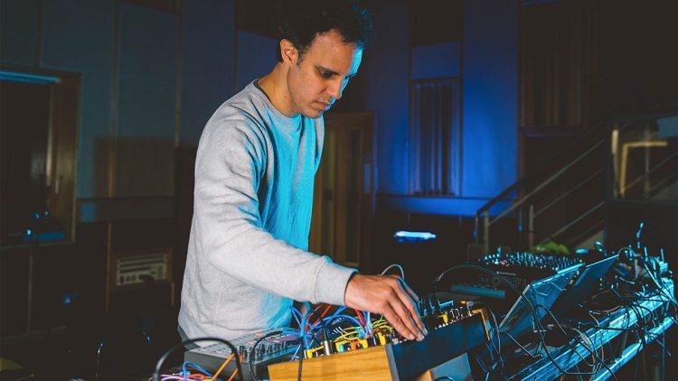 four tet 3 new mixes