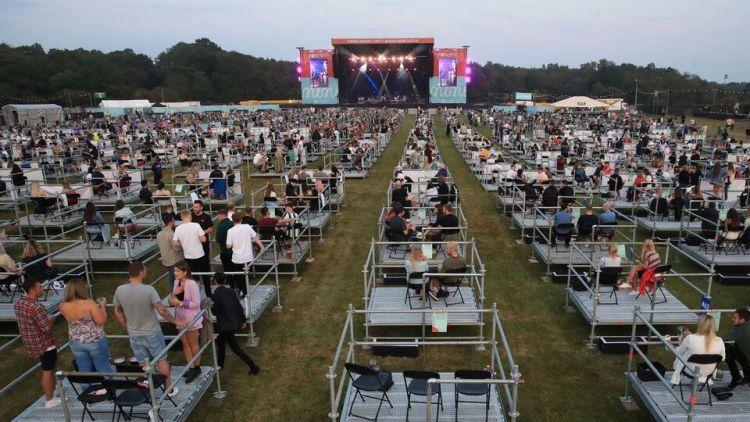 2500 capacity concert