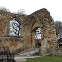 glastonbury-abbey-3