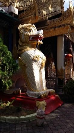 Dharmikarama Burmese temple statue
