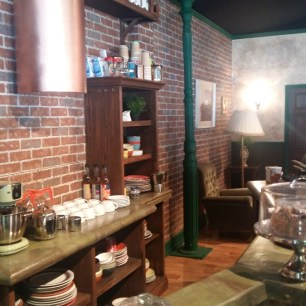 Friendsfest Central Perk counter