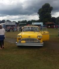 Friendsfest Phoebes taxi
