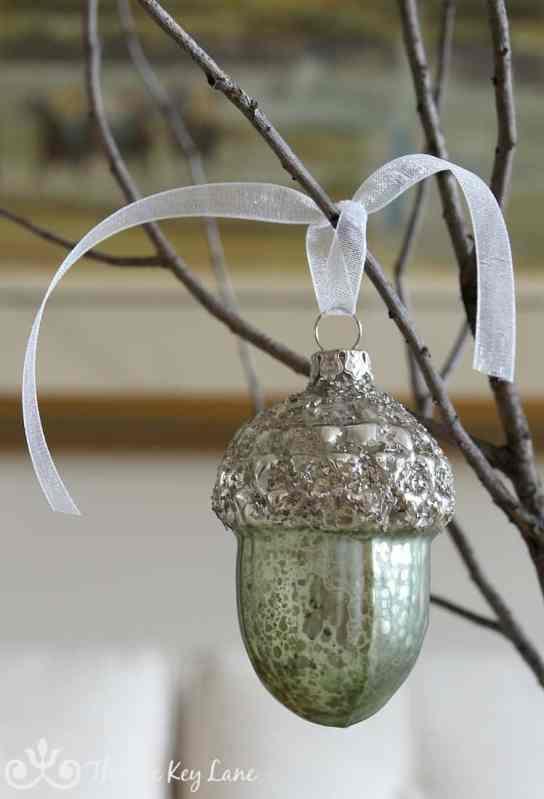 green-glass-glitter-acorn-branch